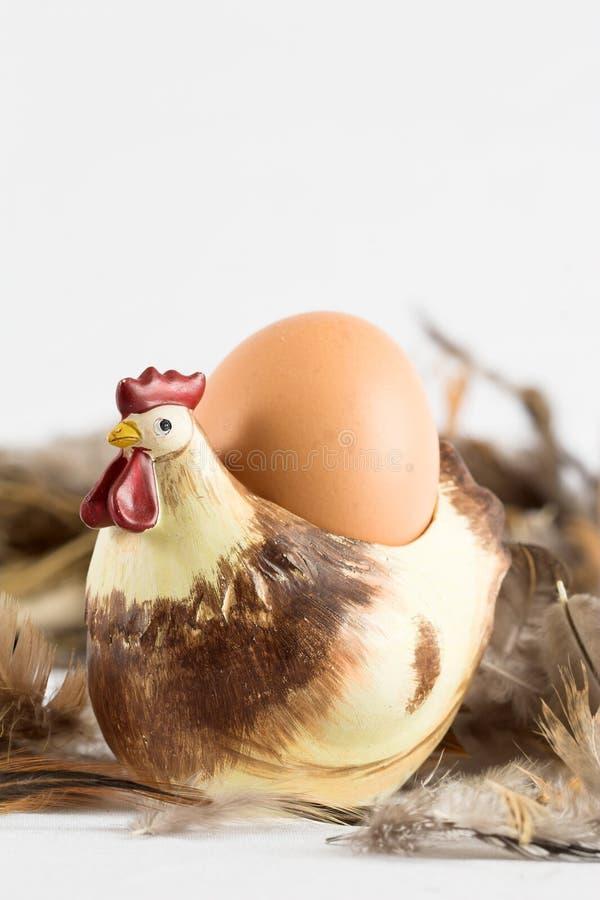 Download äggeggholder arkivfoto. Bild av fjädrar, cholesterol, ägg - 518984