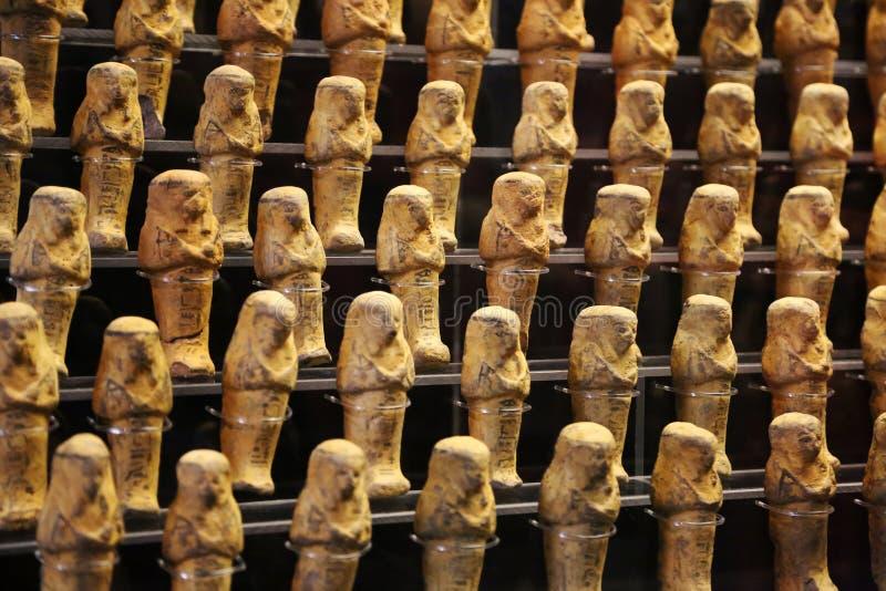 Ägyptische goldene Statuetten stockfoto