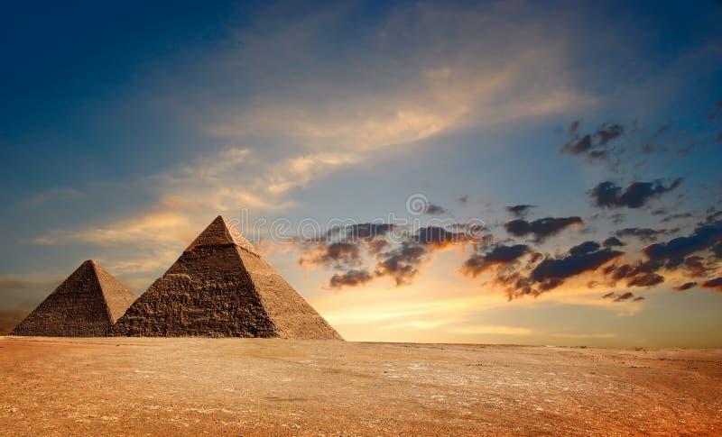 Ägyptisches Pyramyds stockfotos