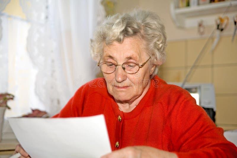 äldre lady royaltyfri fotografi
