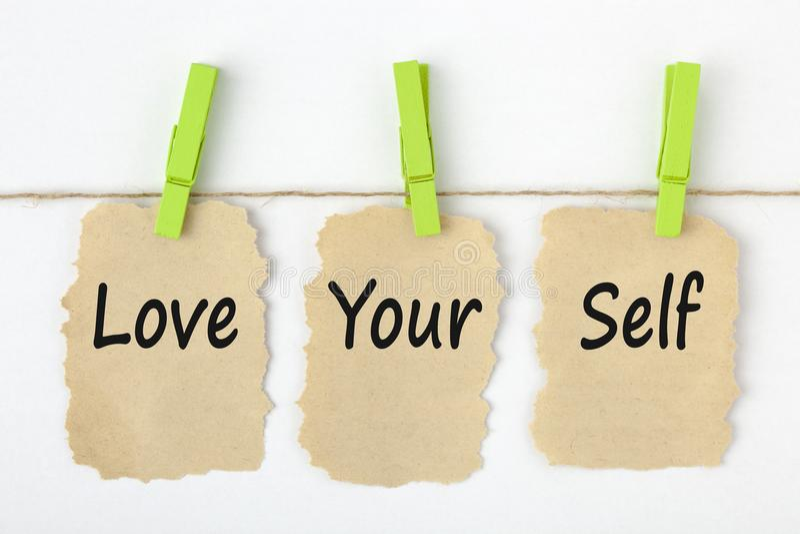 Älska dina självbegreppsord fotografering för bildbyråer
