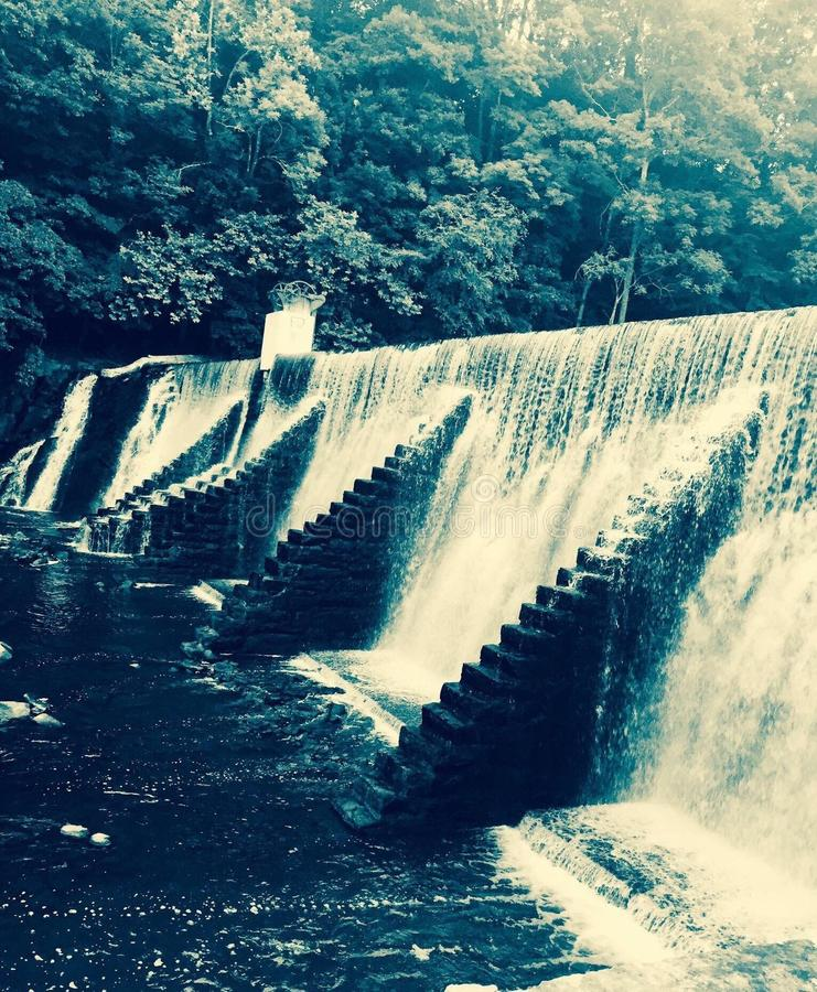 Älska för vattenfall royaltyfria foton
