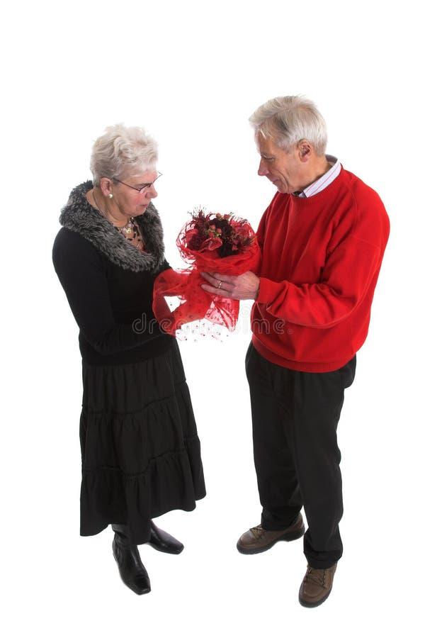 älskvärd hög valentin för par royaltyfri bild