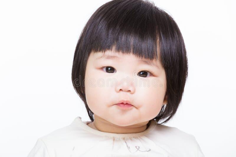 Älskvärt behandla som ett barn flickan royaltyfri foto