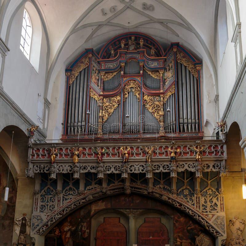 Älskvärt kyrkligt organ royaltyfria foton
