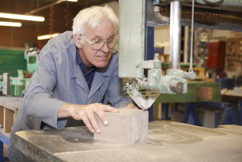 Ältere Arbeitskraft stockfotografie