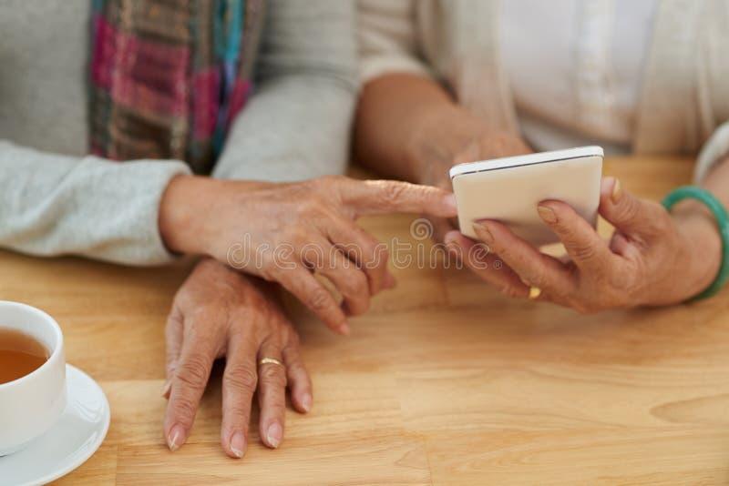 Ältere Benutzer stockbild