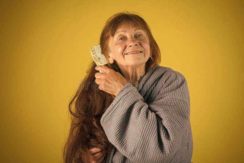 Ältere Frau in der Pension und im Ruhestand lizenzfreies stockfoto