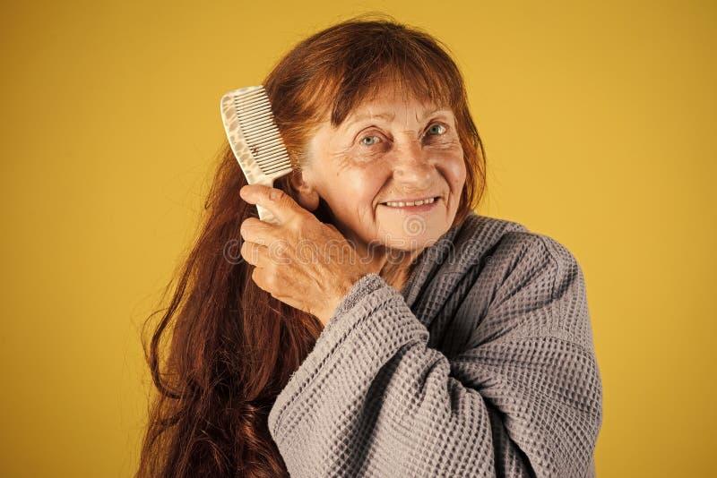 Ältere Frau in der Pension und im Ruhestand stockfoto