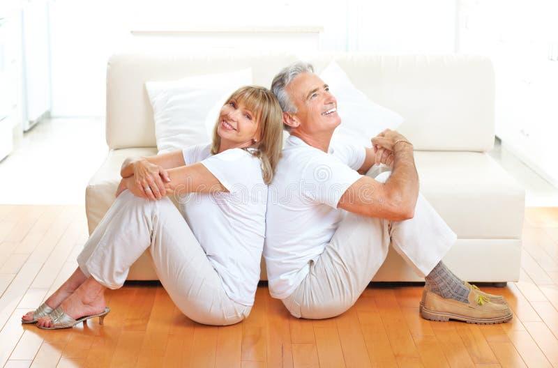 Ältere Paare lizenzfreies stockbild