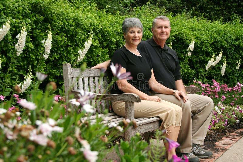 Ältere pensionierte Paare stockfoto