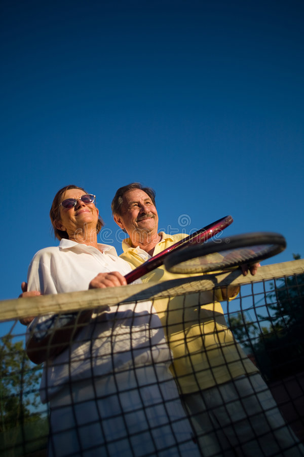 Ältere Tennisspieler lizenzfreie stockfotos