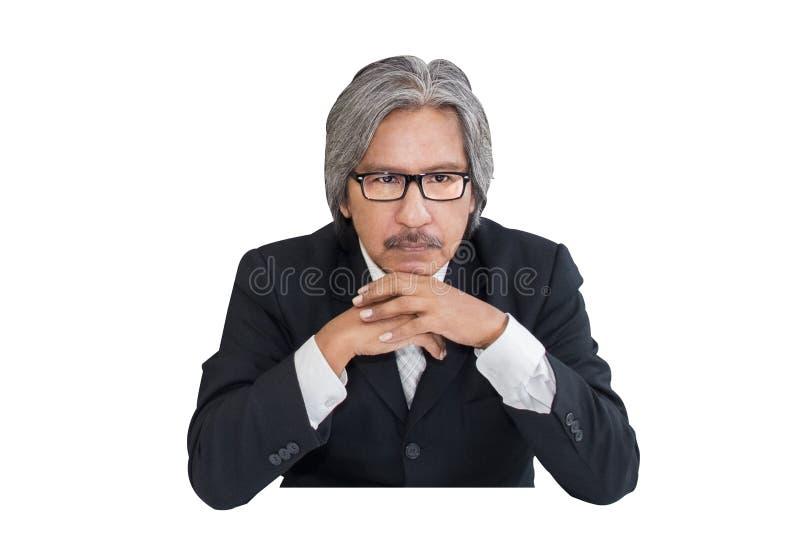 Älterer alter Mann des Geschäfts ernst in der Bürofunktion stockfoto