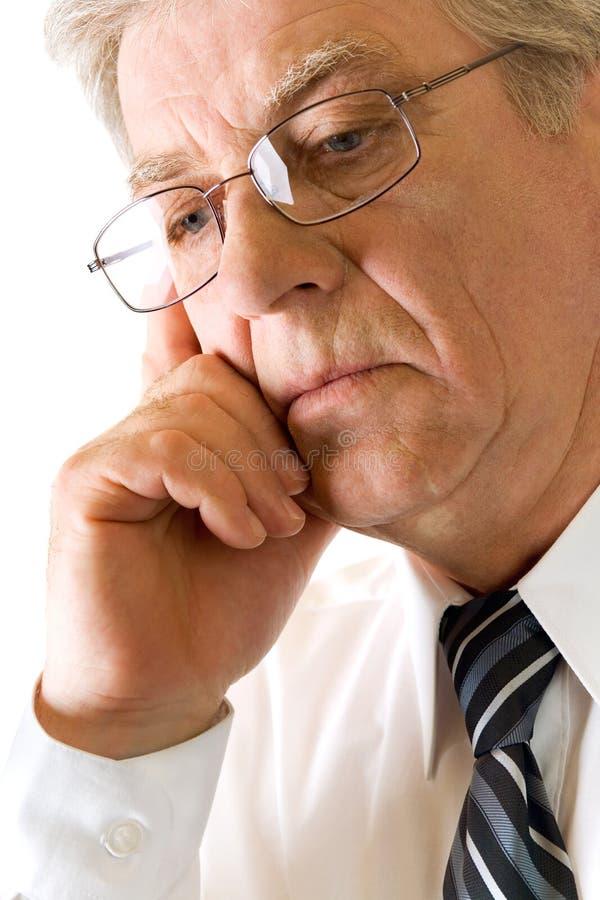 Älterer fester unglücklicher Mann lizenzfreie stockbilder