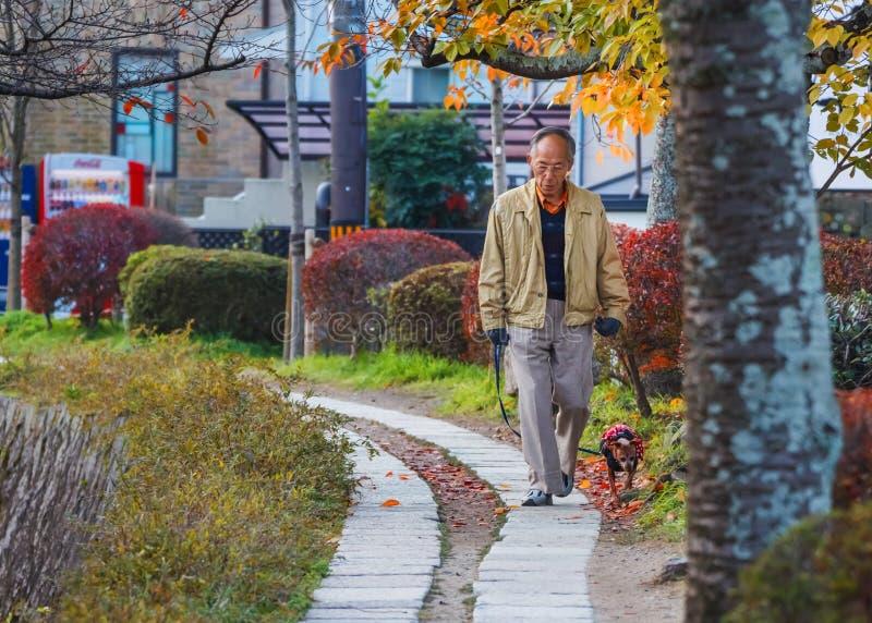 Älterer Japaner in Kyoto lizenzfreie stockbilder