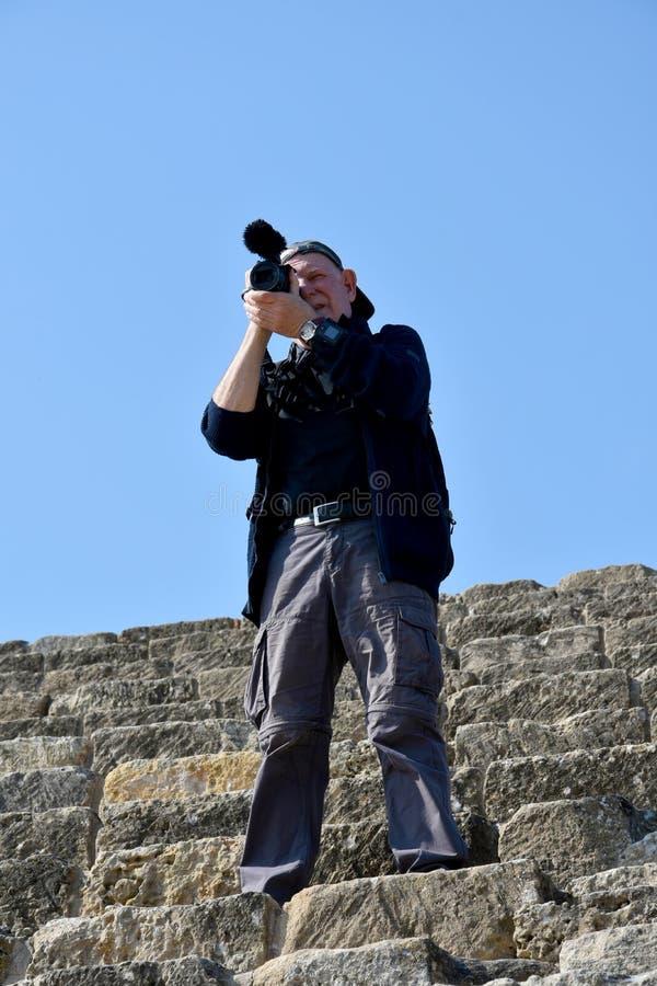Älterer Kameramann stockbilder