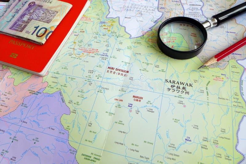 Älterer Tourist in Konzept Borneos Malaysia stockfotografie