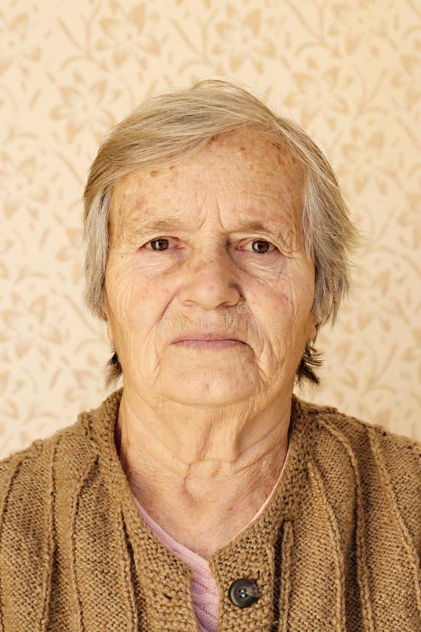 Älteres Dameportrait stockfotos