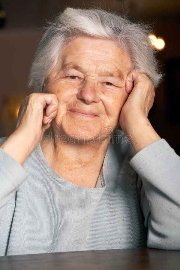 Älteres Frauenlächeln stockbilder