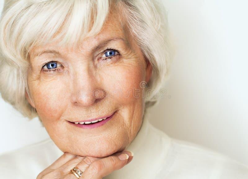 Älteres Frauenporträt stockbilder