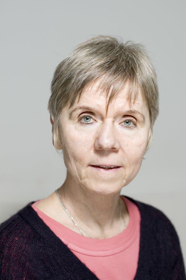 Älteres Frauenportrait stockfoto