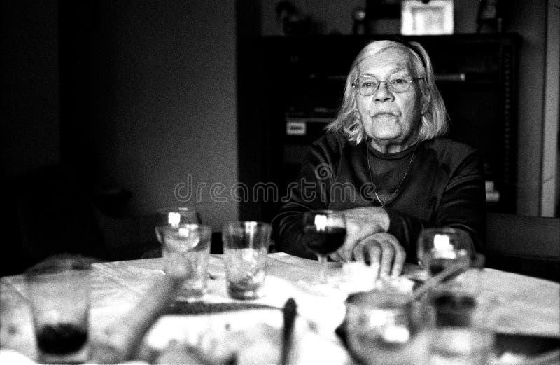Älteres Großmutterportrait Stockfoto