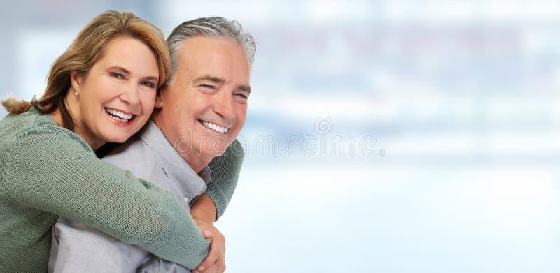 Älteres Paarlächeln stockbild