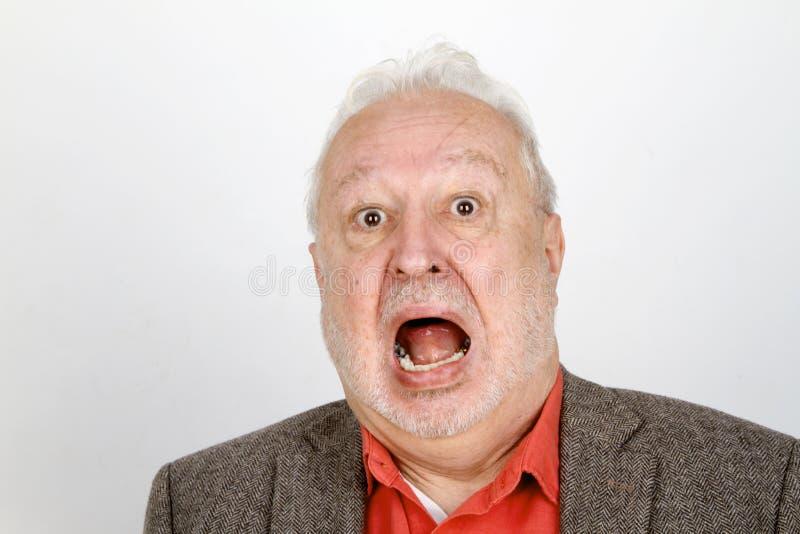 Älteres Personenschreien aggressiv stockbild