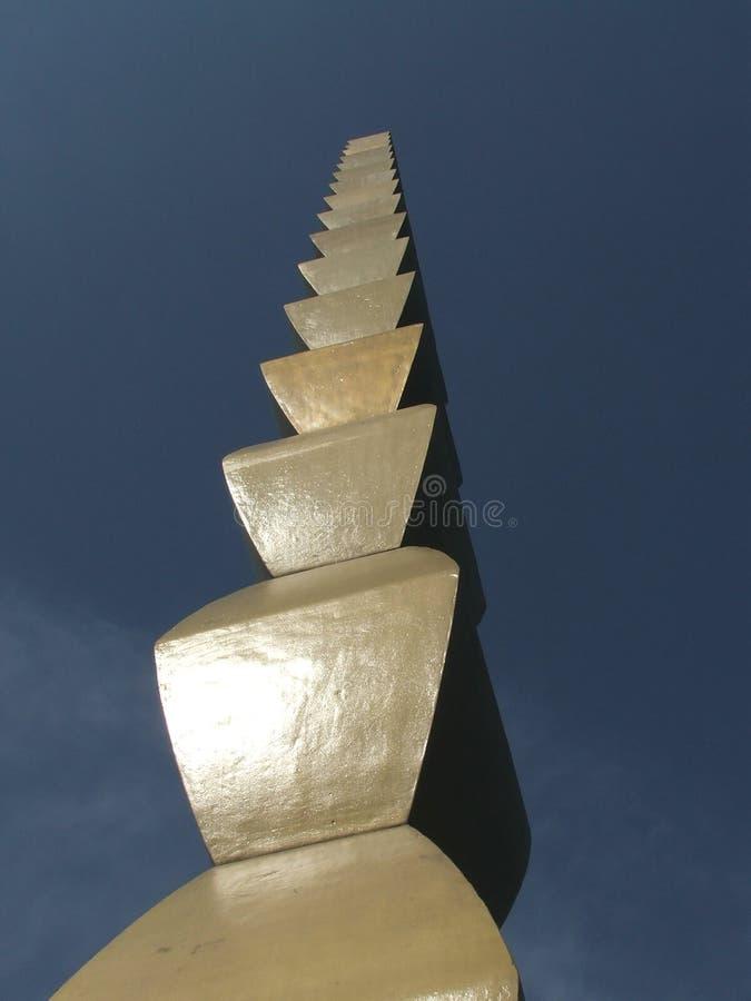 Ändlös kolonn av Constantin Brancusi, Tg Jiu Rumänien arkivfoton