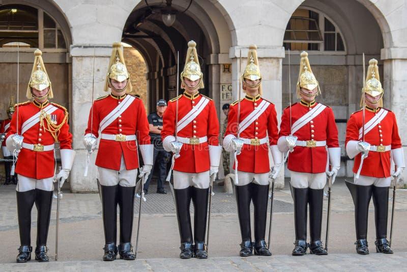 Ändra av vakten Parade i London, England på en Sunny Summer Day arkivbild