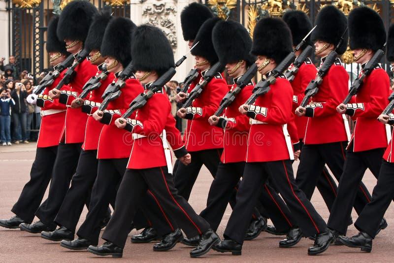ändrande guards för ceremoni arkivbilder