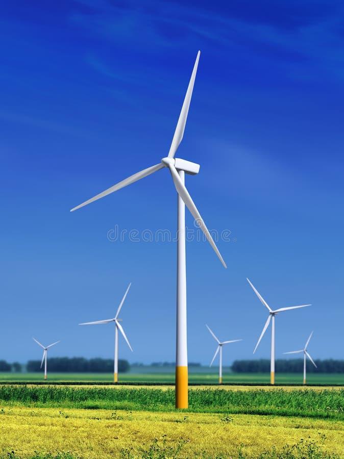 Äng med Windturbiner l royaltyfri fotografi