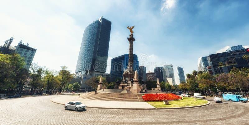 Ängelmonumentet till självständighet i Mexico DF Huvudstad landma arkivbild