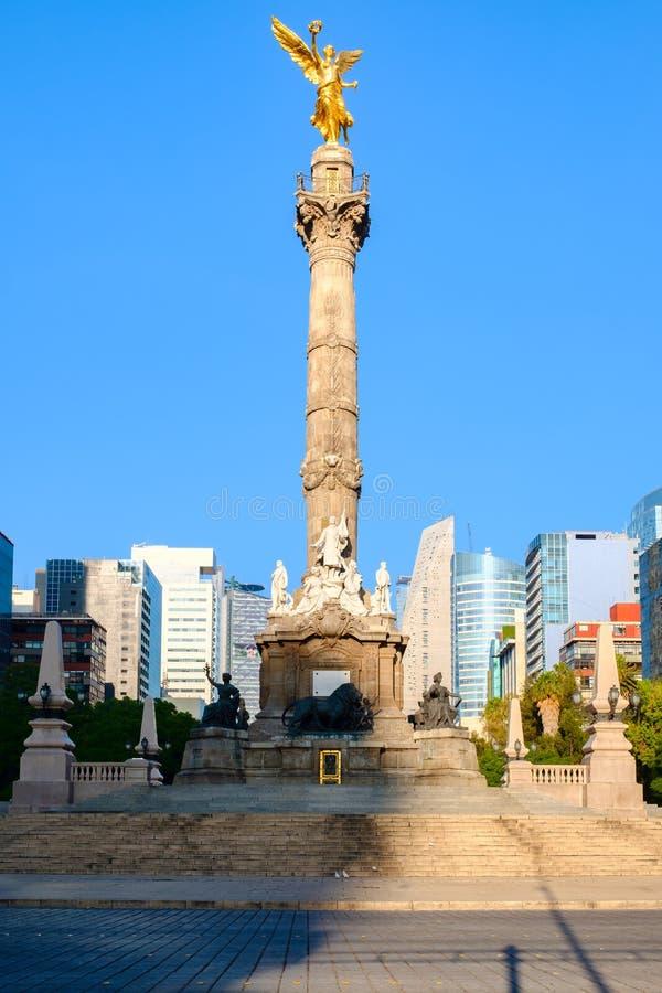 Ängeln av självständighet, ett symbol av Mexico - stad arkivbild