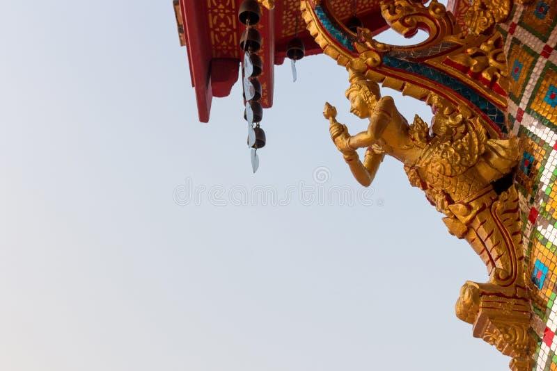 Ängelstatyskulptur av Thailand royaltyfria foton