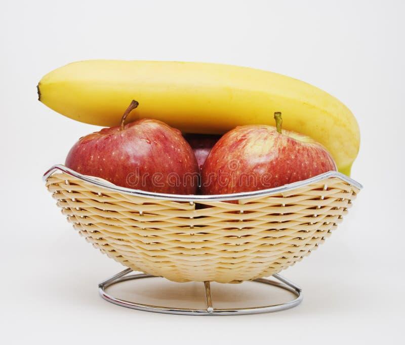 Äpfel und Banane lizenzfreie stockfotos