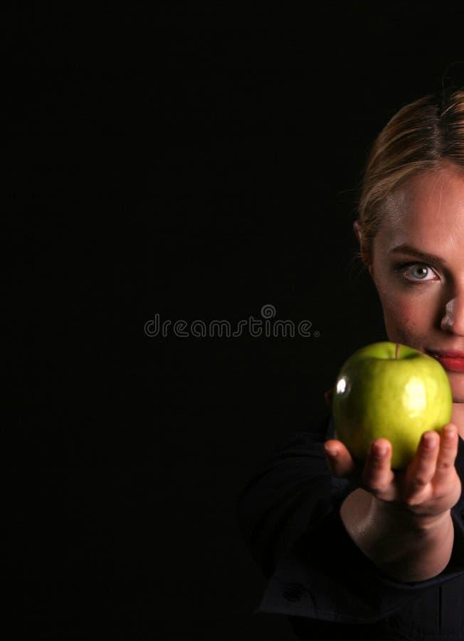 äpplehelgdagsaftonhänder dig royaltyfria foton