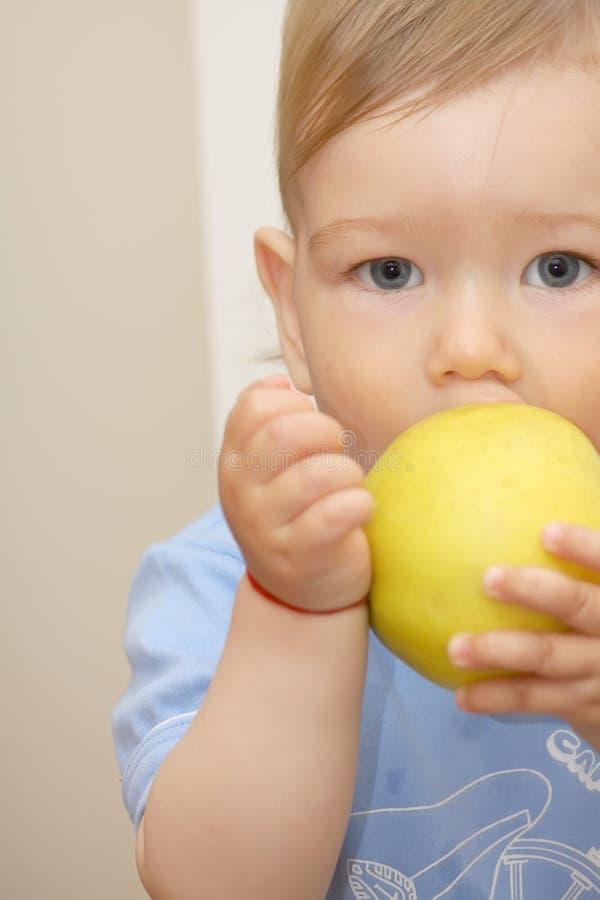 äpplepojke arkivfoton