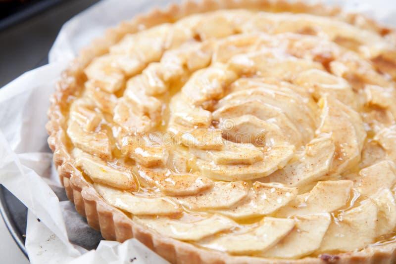 äpplet bakade nytt pies royaltyfri fotografi