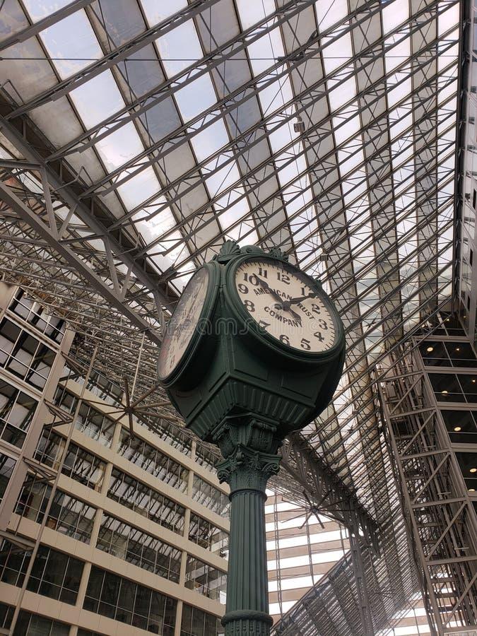 Är vilken tid det? royaltyfri fotografi