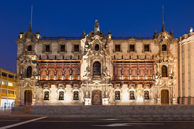 Ärkebiskop Palace, Lima royaltyfria bilder