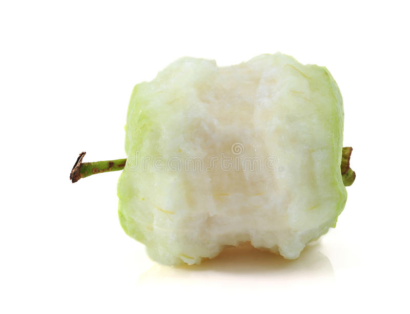 Äta för guava arkivfoto