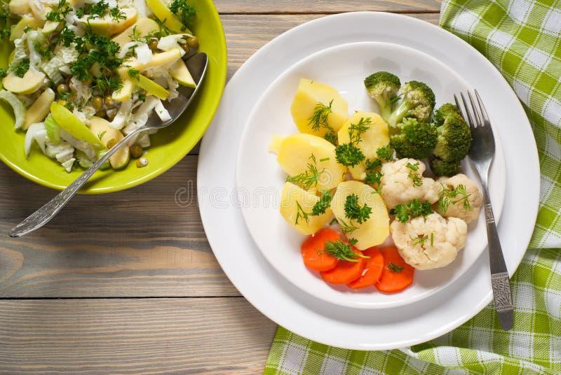 äta lunch vegetarian royaltyfri foto