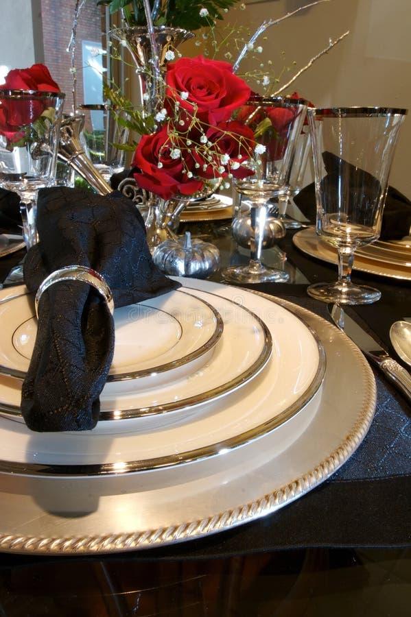 äta middag formell ställelokalinställning royaltyfria foton