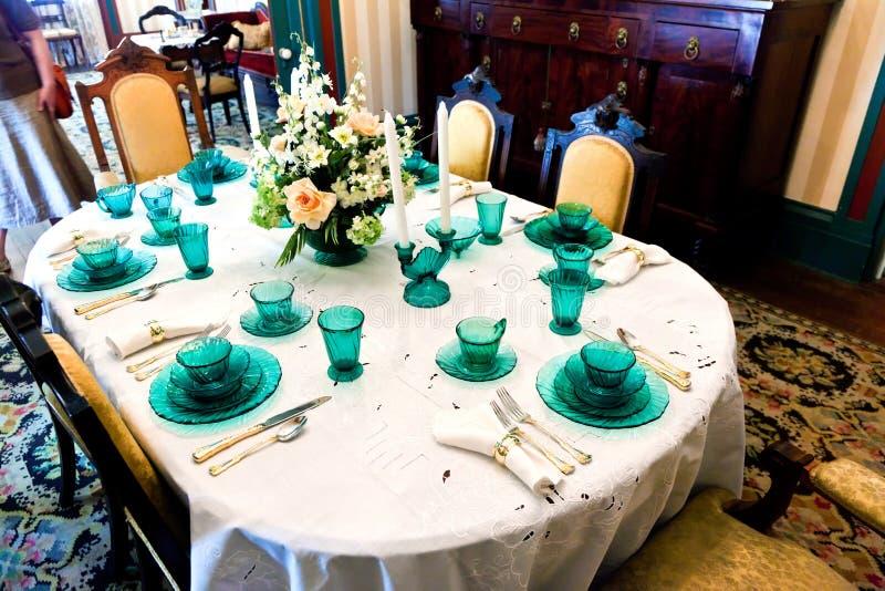 Äta middag tabellen i det berömda Latimer huset i Wilmington royaltyfri bild