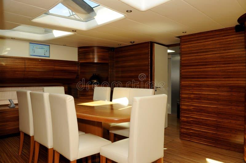 äta middag yacht för område royaltyfri fotografi