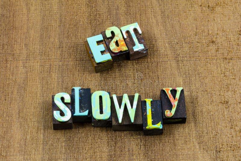 Äta patiens älskar långsamt levande liv tycker om mat arkivfoton