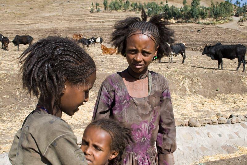Äthiopische traditionelle Mädchen lizenzfreie stockbilder