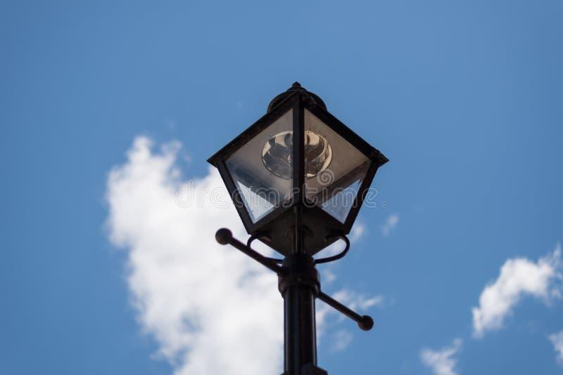 Äußere Lampe auf einer Straße von Chicago stockfotografie