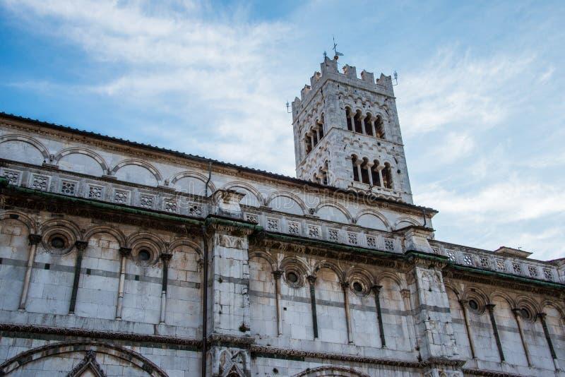 Äußeres Cattedrale di San Martino lizenzfreie stockbilder